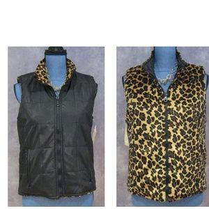 NWT Black & Leopard Print Reversible Vest Size M